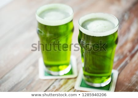 zwei · Gläser · Bier · Glas - stock foto © dolgachov