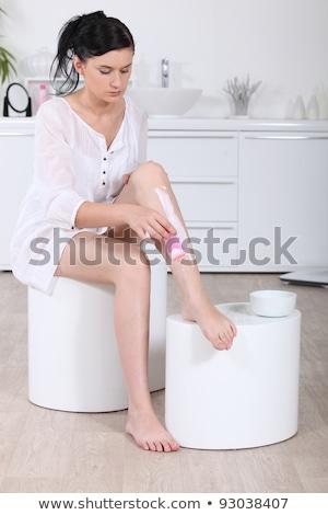 Donna capelli rimozione crema gambe bellezza Foto d'archivio © photography33