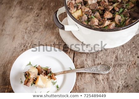 Champignon aardappel stoven heerlijk champignon champignons Stockfoto © zhekos