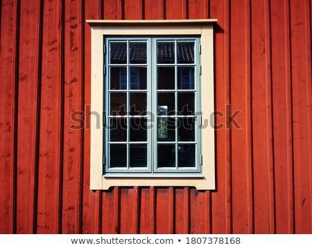 Rouge fenêtre maison blanche affaires ville mur Photo stock © reticent