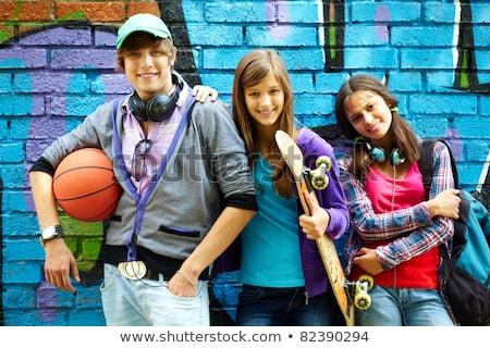 Groupe adolescent famille portrait jeunes Photo stock © monkey_business