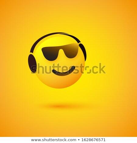 Hoofdtelefoon emoticon hoofdtelefoon glimlach gezicht ontwerp Stockfoto © yayayoyo