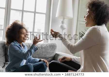 Mulher ensino amigo sinal da mão linguagem retrato Foto stock © AndreyPopov