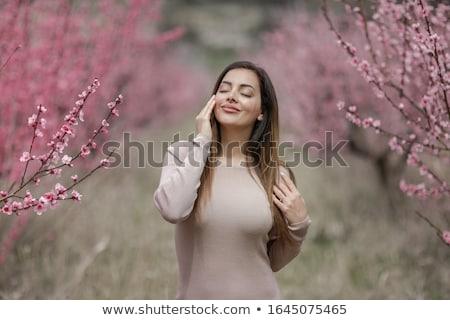 Meisje strak knie lengte jurk versheid Stockfoto © ElenaBatkova
