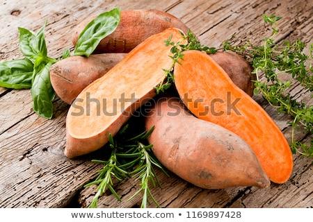 édes · krumpli · frissen · kosár · kert · mező - stock fotó © trgowanlock