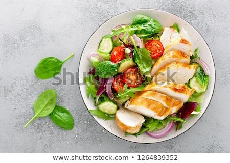 Csirkesaláta étel zöld vacsora tojások tányér Stock fotó © yelenayemchuk