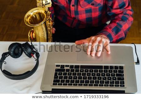 若い男 ヘッドホン スピーカー 孤立した 白 音楽 ストックフォト © hsfelix