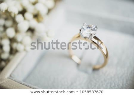 Gyémántgyűrű doboz bent fém szépség ajándék Stock fotó © AlphaBaby