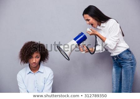 aantrekkelijke · vrouw · krulhaar · luidspreker · portret · witte · vrouw - stockfoto © traimak