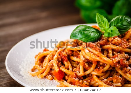 espaguete · branco · prato · mesa · de · madeira · folha · jantar - foto stock © karandaev