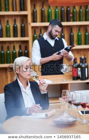 wijn · expert · proeverij · glas · landbouwer · heerlijk - stockfoto © pressmaster
