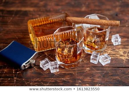 Fles whiskey twee bril rustiek houten tafel Stockfoto © dash