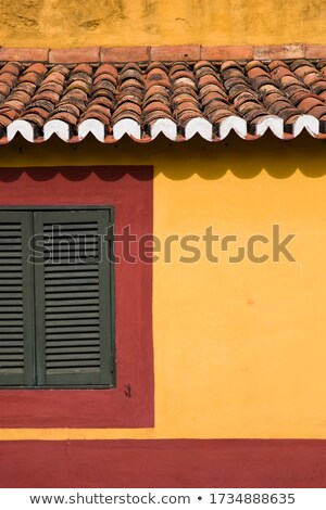 Dettaglio tradizionale rosso giallo facciata madeira Foto d'archivio © boggy