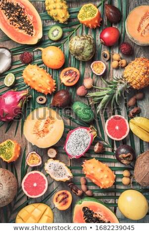 fresche · esotiche · frutti · frutti · di · bosco · isolato - foto d'archivio © redpixel