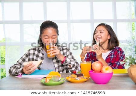 Mangiare sano mela isolato bianco donna Foto d'archivio © CandyboxPhoto