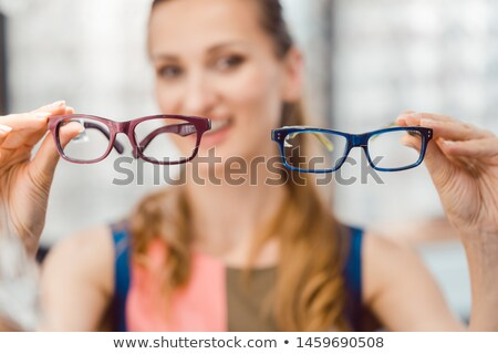 女性 2 モデル 眼鏡 検眼医 ストックフォト © Kzenon