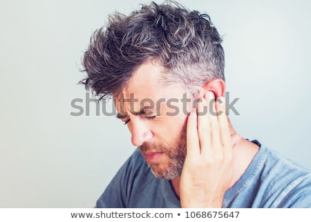 Photo stock: Humaine · oreille · douleur · infection · symbole · barbelés