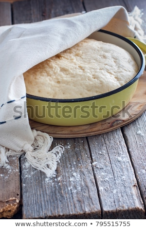 Levadura frescos alimentos mano pan tazón Foto stock © Digifoodstock