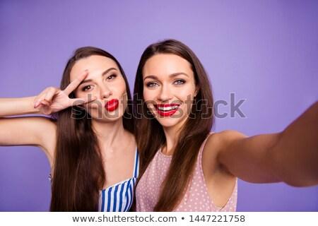 dwa · młodych · szczęśliwy · damska · znajomych · stałego - zdjęcia stock © deandrobot