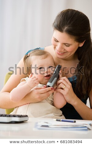 母親 娘 コードレス 電話 ビジネス 女性 ストックフォト © IS2
