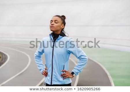 Atrakcyjny młodych Afryki sportsmenka uruchomiony Zdjęcia stock © deandrobot
