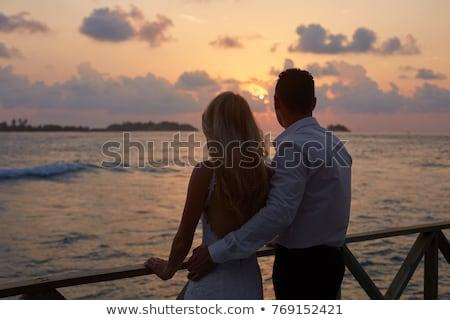 Onlangs echtpaar liefhebbend ander witte vrouw Stockfoto © get4net