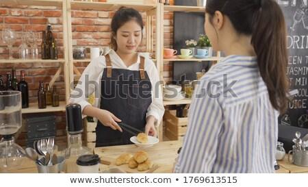 笑みを浮かべて ウェイター 食品 プレート ウエートレス カウンタ ストックフォト © wavebreak_media