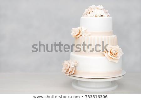 elegáns · esküvői · torta · fehér · rózsák · virág · esküvő - stock fotó © ruslanshramko