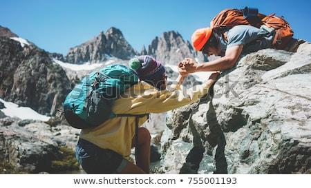Sneeuw man vrienden groep stropdas Stockfoto © Soleil