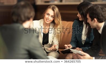 Foto stock: Jovem · mulher · de · negócios · reunião · um · feliz · trabalhando
