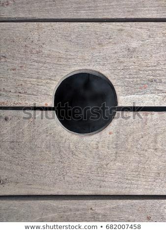 Stock fotó: Csipogás · lyuk · fából · készült · kerítés · égbolt · textúra