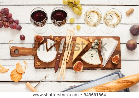 vinho · branco · queijo · uvas · isolado · branco · vinho - foto stock © songbird