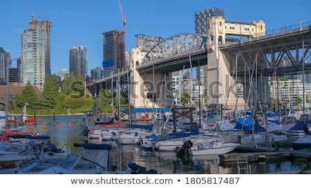 Sokak köprü Vancouver ufuk çizgisi gece gökyüzü Stok fotoğraf © jameswheeler