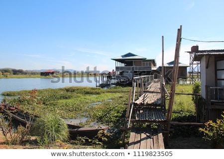 ストックフォト: 住宅 · 村 · 湖 · ミャンマー · 建物 · 木材