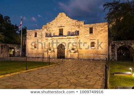 éjszaka · texas · épület · utca · templom · háború - stock fotó © BrandonSeidel