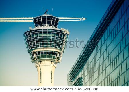 controllo · torre · aeroporto · sole · tramonto · arancione - foto d'archivio © is2