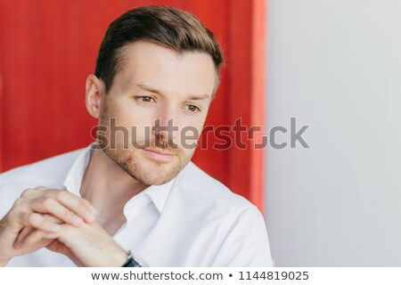 Foto peinzend mannelijke ondernemer handen Stockfoto © vkstudio