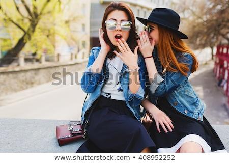 Fofoca meninas atraente mulheres olhando Foto stock © blanaru
