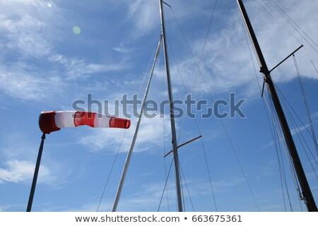 direção · vento · ar · campo · assinar · escuro - foto stock © fotoduki