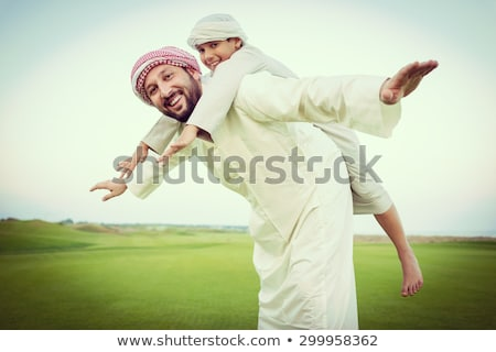 arabisch · moslim · vader · zoon · permanente · samen · glimlach - stockfoto © zurijeta