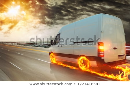 Súper rápido entrega paquete servicio camión Foto stock © alphaspirit