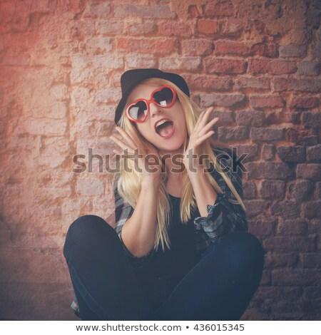 Sarışın kadın seksenler moda seksi bağbozumu kadın Stok fotoğraf © wavebreak_media