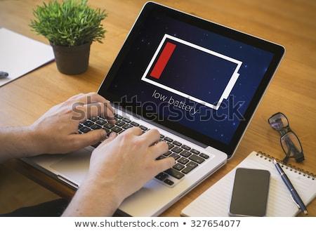 computador · bateria · isolado · branco · móvel - foto stock © foka