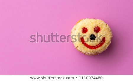 rosquinha · engraçado · rosto · sorridente · amarelo · sorrir · fundo - foto stock © barbaraneveu