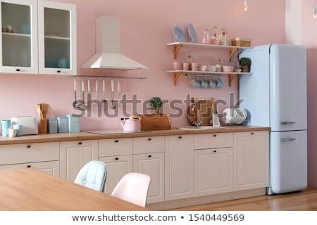 Roze keuken meubels zwarte interieur beker stockfoto goce risteski goce 571161 - Roze keuken fuchsia ...