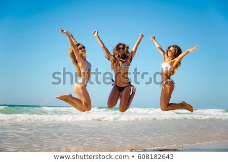 saltando · menina · biquíni · morena · verão · diversão - foto stock © arleevector
