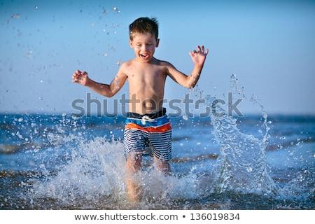 lopen · water · strand · gelukkig · kind - stockfoto © mady70