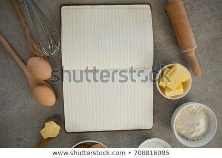 мнение Ингредиенты открытых поваренная книга таблице бумаги Сток-фото © wavebreak_media