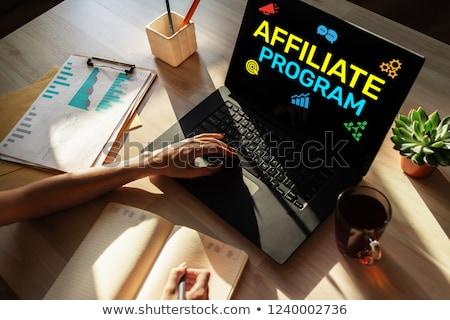 Program modern dizüstü bilgisayar ekran farklı Stok fotoğraf © tashatuvango