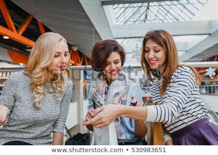 Donne acquisto aromaterapia olio due sorridere Foto d'archivio © luminastock